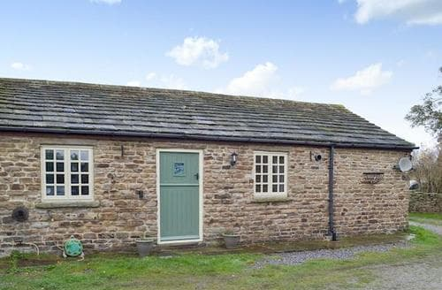 Last Minute Cottages - Delightful Chesterfield Cottage S89066
