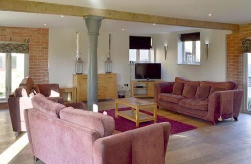 Big Cottages - Exquisite Derby Cottage S44343