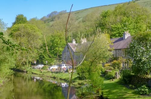 Last Minute Cottages - Quaint Tideswell Cottage S105091