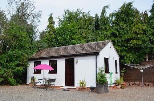 Last Minute Cottages - Beautiful Bridgnorth Cottage S16732