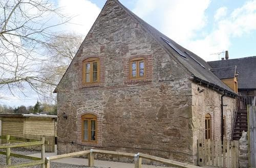 Last Minute Cottages - Beautiful Stafford Cottage S95099