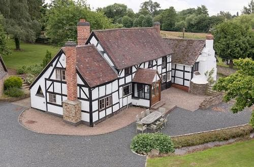Big Cottages - Wonderful Ledbury Lodge S16937