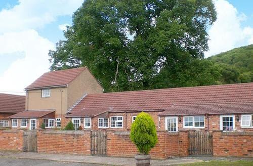Last Minute Cottages - Inviting Ledbury Cottage S80327
