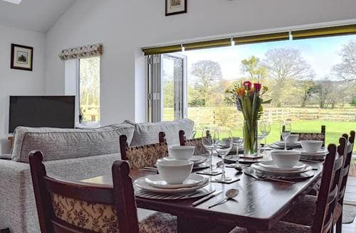 Last Minute Cottages - Charming Ledbury Cottage S94044