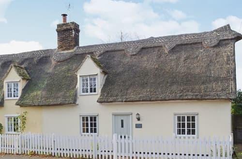 Last Minute Cottages - Captivating Cambridge Cottage S17005