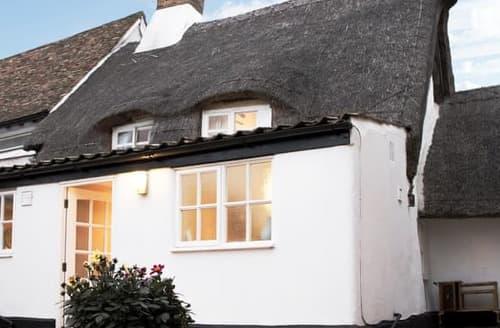 Last Minute Cottages - Captivating Cambridge Cottage S121826