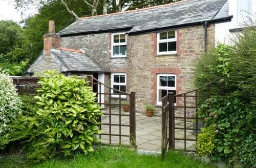 Last Minute Cottages - Lower Town Cottage
