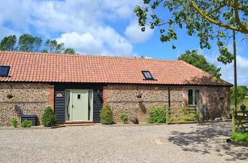 Last Minute Cottages - Quaint Happisburgh Cottage S17332