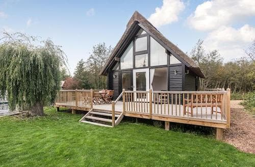 Last Minute Cottages - Attractive Horning Cottage S59923