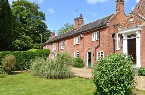 Last Minute Cottages - Delightful North Walsham Cottage S17542