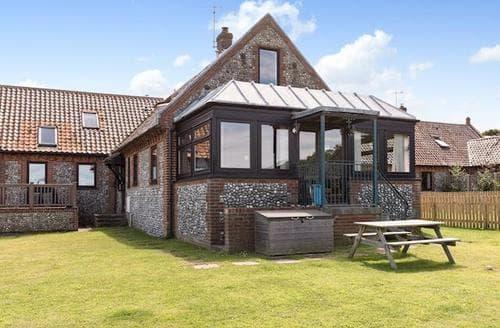 Big Cottages - Lovely Sheringham Cottage S17613