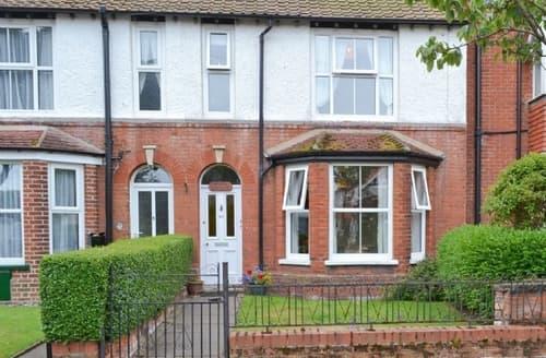 Last Minute Cottages - Splendid Sheringham Apartment S17616