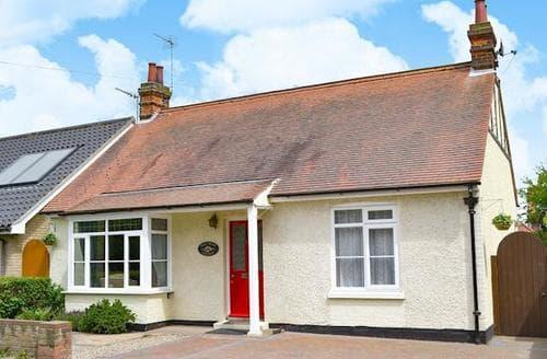 Last Minute Cottages - Wonderful Winterton On Sea Cottage S17675