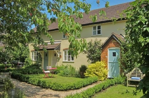 Last Minute Cottages - Lovely Stowmarket Cottage S18014