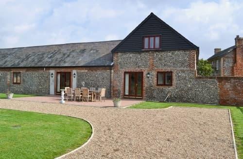 Big Cottages - Wonderful Sudbury Cottage S18057