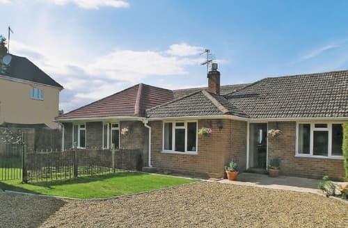 Big Cottages - Charming Colchester Cottage S18109