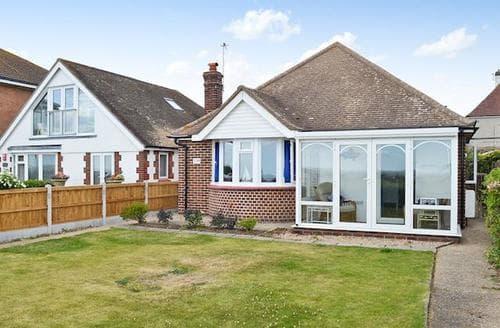Big Cottages - Captivating Colchester Cottage S69641