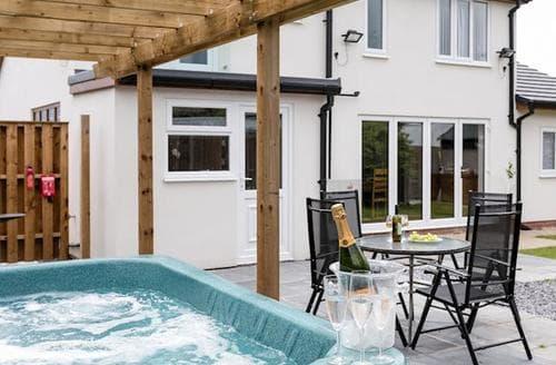 Big Cottages - Superb Southport Cottage S82920