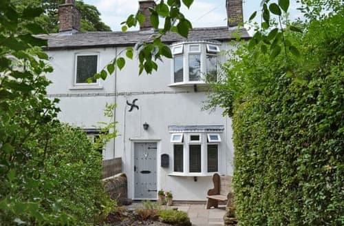 Last Minute Cottages - Beautiful Macclesfield Cottage S85971
