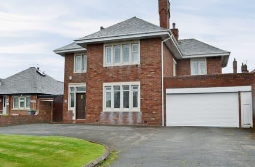 Big Cottages - Adorable Blackpool Cottage S33604