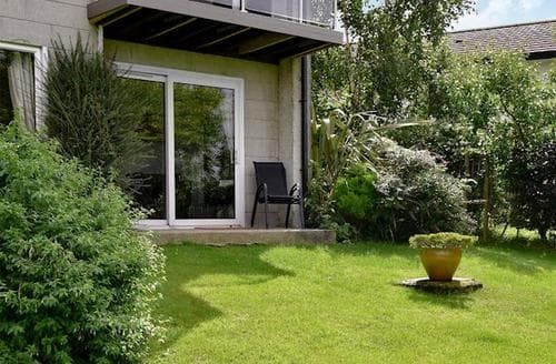 Last Minute Cottages - Beautiful Ambleside Apartment S85170
