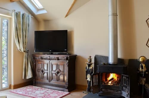 Last Minute Cottages - Delightful Broughton In Furness Cottage S105356