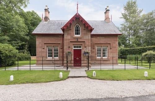 Last Minute Cottages - Gorgeous Carlisle Lodge S113909