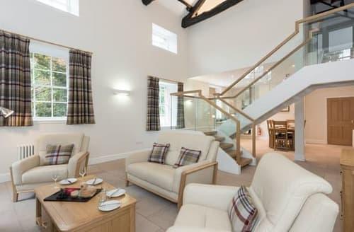 Last Minute Cottages - Cosy Carlisle Lodge S113908