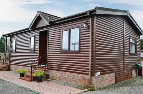 Last Minute Cottages - Adorable Cockermouth And The North West Fells Lodge S18415