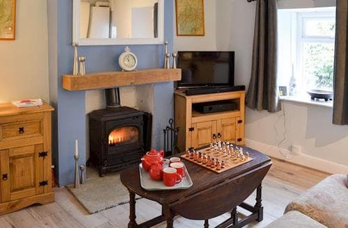 Last Minute Cottages - Quaint Grange Over Sands Cottage S86151