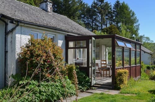 Last Minute Cottages - Exquisite Hawkshead And Near And Far Sawrey Cottage S98732