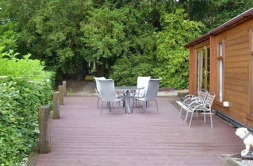 Last Minute Cottages - Stunning Kendal And Lakes Gateway Lodge S83652