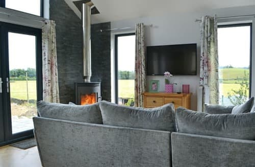 Last Minute Cottages - Charming Kendal And Lakes Gateway Lodge S106045