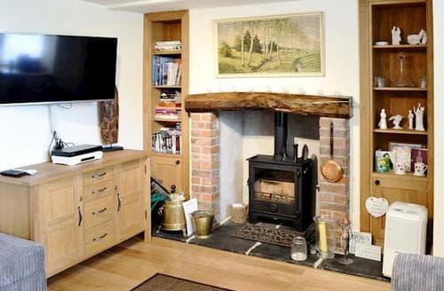 Last Minute Cottages - Quaint Lowick Cottage S25182