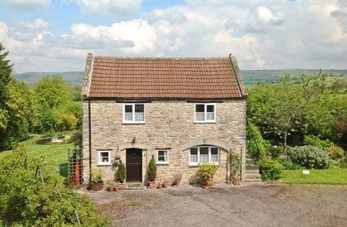 Last Minute Cottages - Quaint Wells House S2554