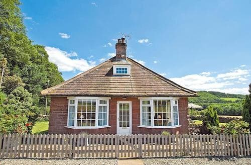 Last Minute Cottages - Attractive Penrith Lodge S18610