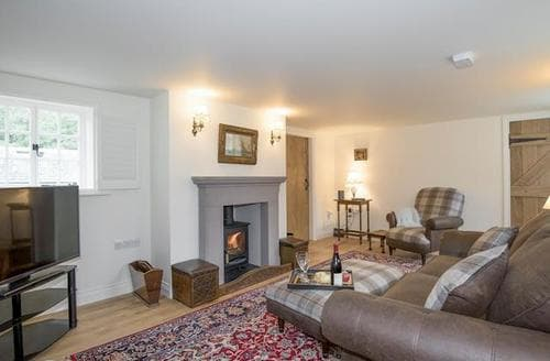Last Minute Cottages - Exquisite Pooley Bridge And Northern Ullswater Cottage S83328