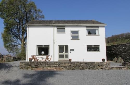 Last Minute Cottages - Cosy Windermere And Troutbeck Bridge Cottage S81986