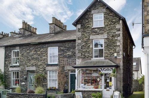 Last Minute Cottages - Quaint Windermere And Troutbeck Bridge Apartment S88470