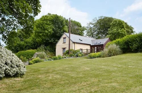Last Minute Cottages - Captivating Beaworthy Cottage S98259