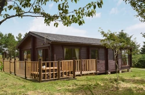 Last Minute Cottages - Superb Hartland Lodge S19092