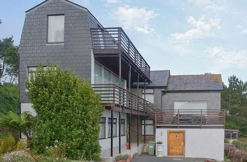Big Cottages - Delightful Dartmouth Cottage S72399