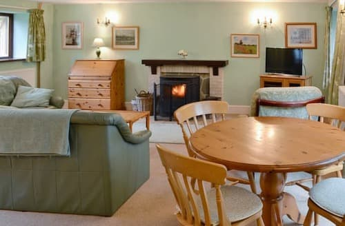 Last Minute Cottages - Gorgeous Beaminster Cottage S19624