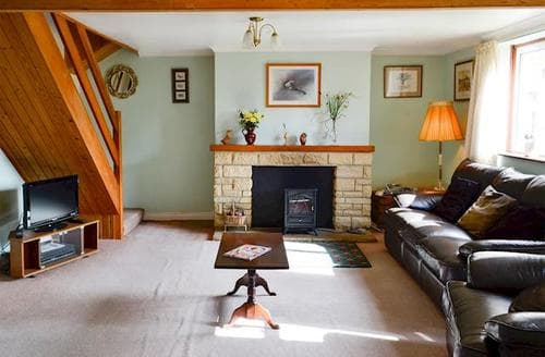 Last Minute Cottages - Motcombe Nursery