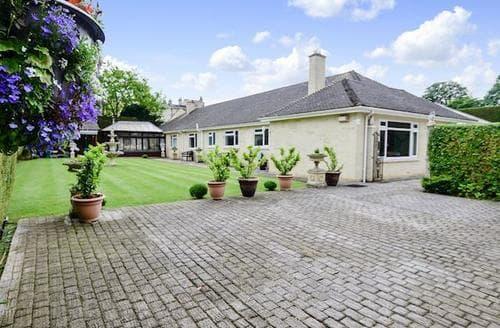 Big Cottages - Luxury Bath Cottage S19997