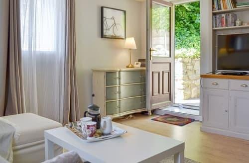 Last Minute Cottages - Luxury Bath Cottage S105926
