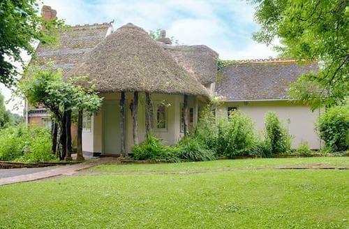 Last Minute Cottages - Charming Bridgwater Lodge S81989