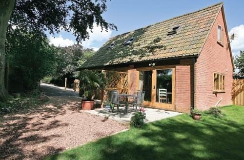 Last Minute Cottages - Hazel Lodge