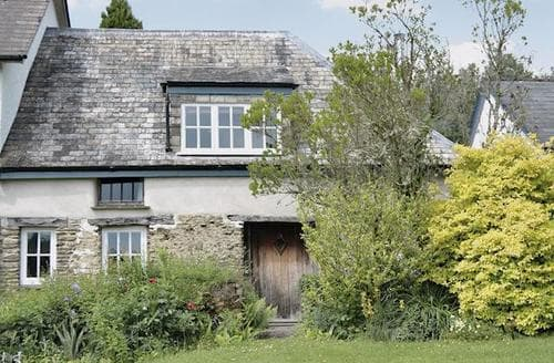 Last Minute Cottages - Cosy Dulverton Cottage S20111