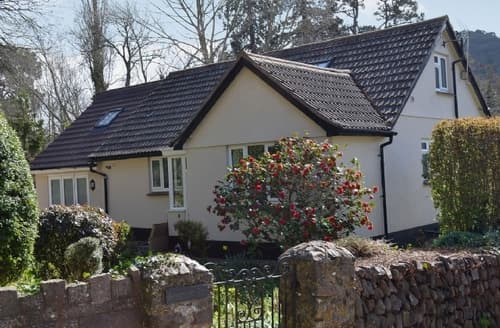 Last Minute Cottages - Delightful Minehead Cottage S26086